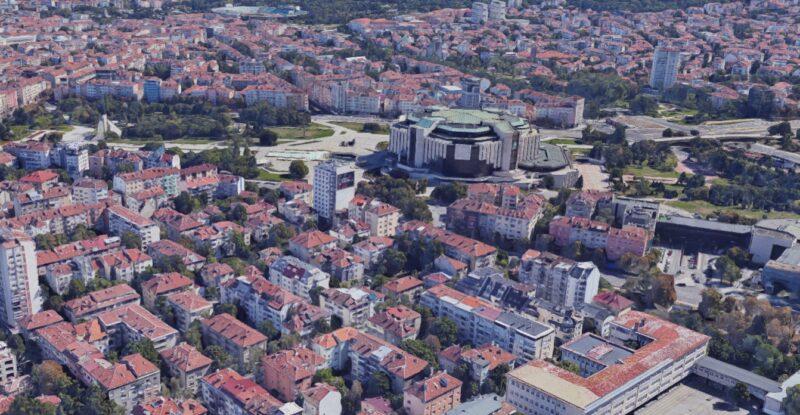 Image result for Почина мъж с 300 апартамента в София