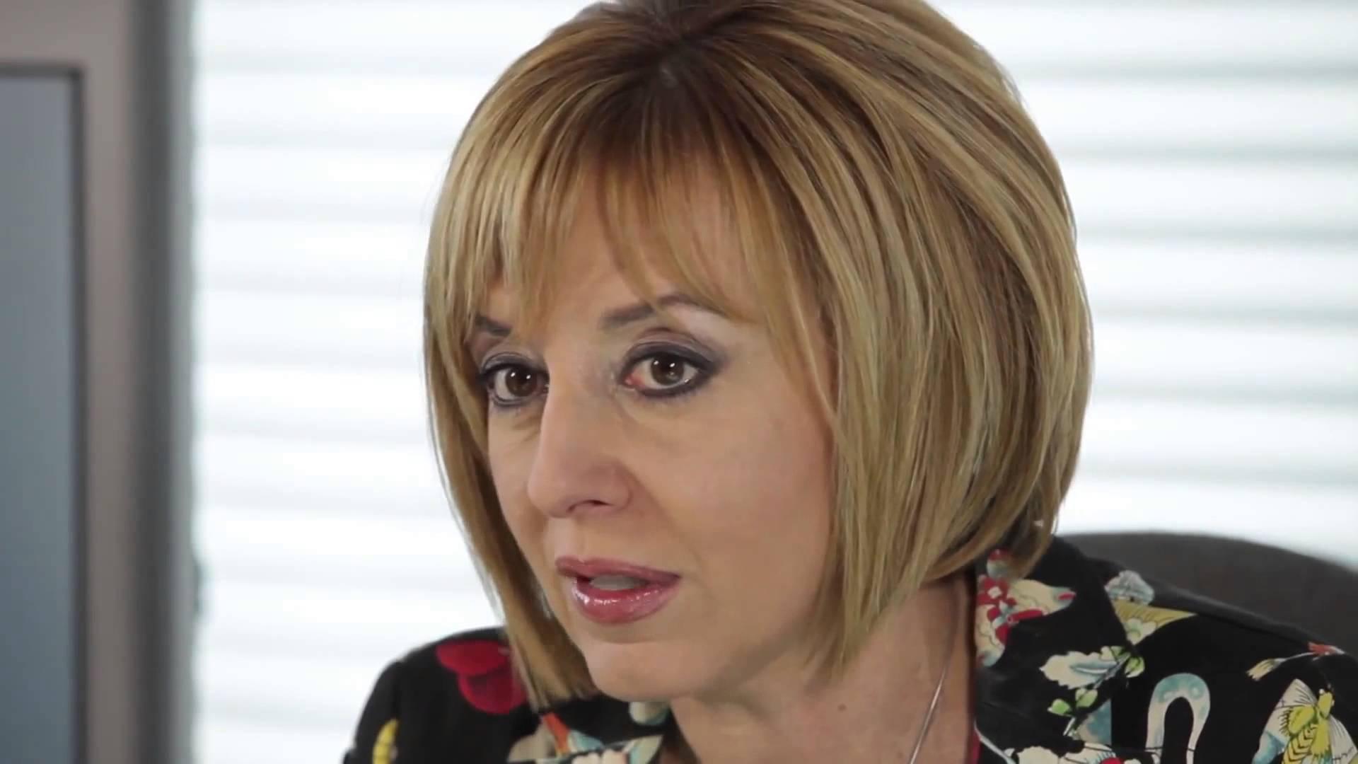 Мая МАНОЛОВА, омбудсман на Република България, пред НБП (с усмивка):  Ощетеният пол при нас е