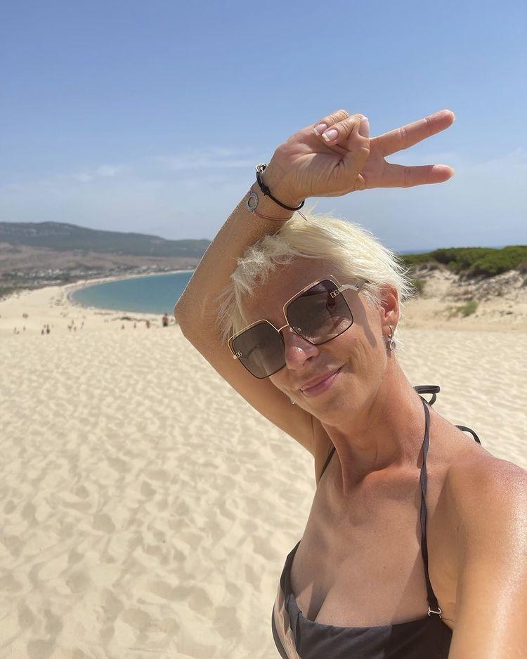 Нана на плажа